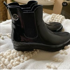 Michael Kors black rain boot